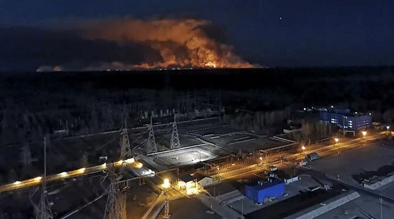 Нова опасност! Пожарът край Чернобил – опасно близо до централата