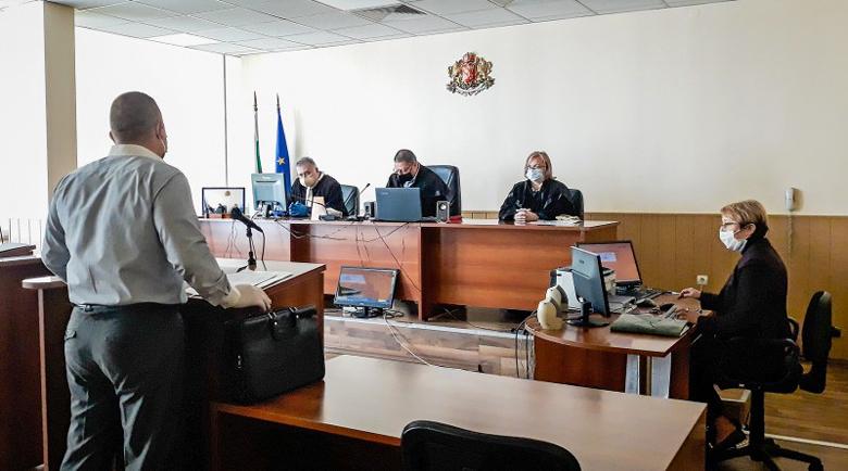 Обвиниха мениджър на охранителна фирма в присвояване на 1,5 милиона лева