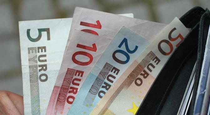 ЕК даде €37 млрд. на Гърция, Португалия и Полша