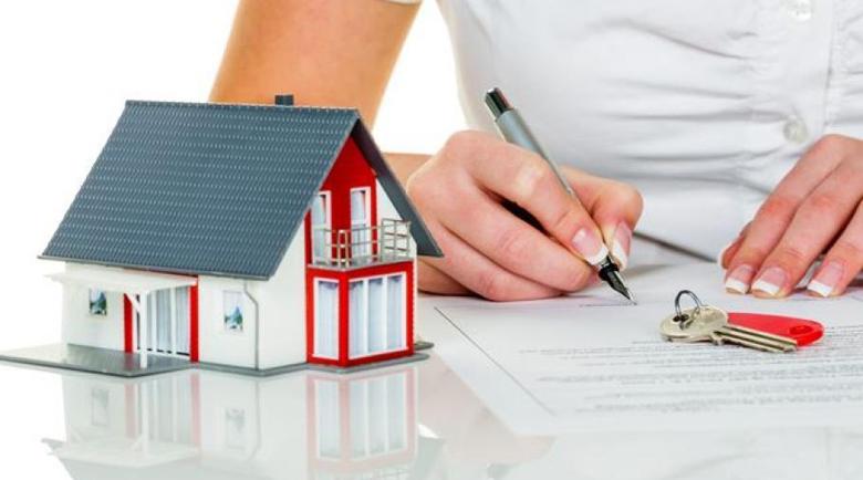 Един от девет с ипотека във Великобритания в кредитна ваканция