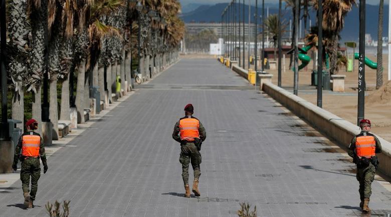 Лъч надежда: Епидемията в Испания започна да отстъпва, макар и леко