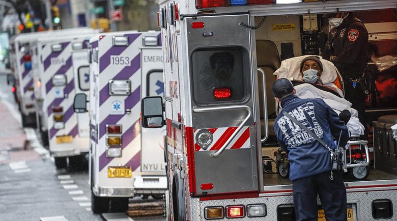 Над 2400 са починали от коронавирус в САЩ за последните 24 часа