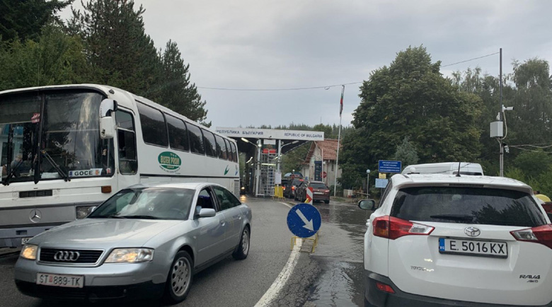 Македония координира със съседите отварянето на границите