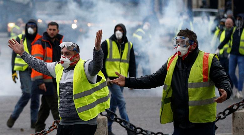 Французи протестираха срещу ниските заплати