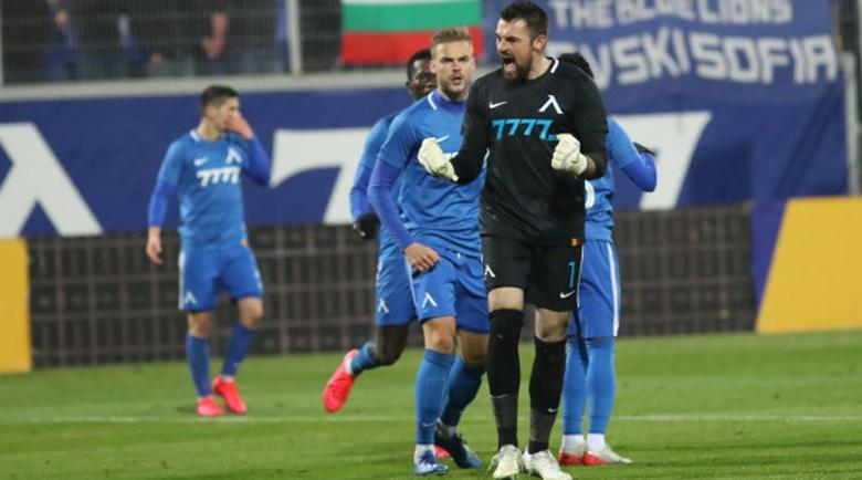 """""""Левски"""" плаща на футболистите с парите от УЕФА"""