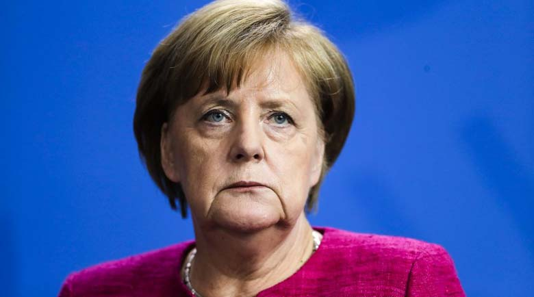 Скандал! Посланикът на Малта във Финландия сравни Меркел с Хитлер