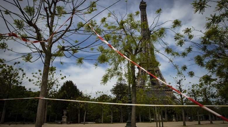 70 българи блокирани на летище в Париж при опит да влязат във Франция