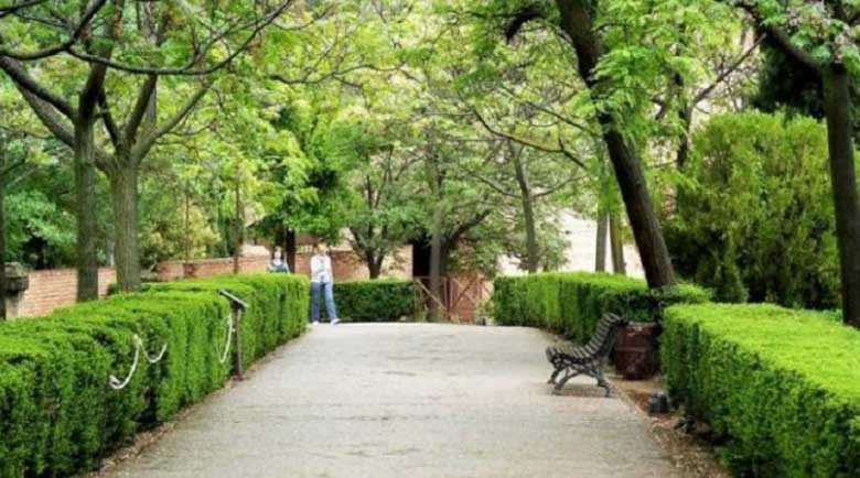 Испания наложи работно време на… парковете