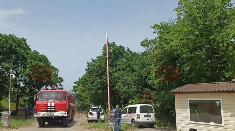 Пламна имение на Доган! Слабо водоснабдяване пречи на пожарната да потуши огъня