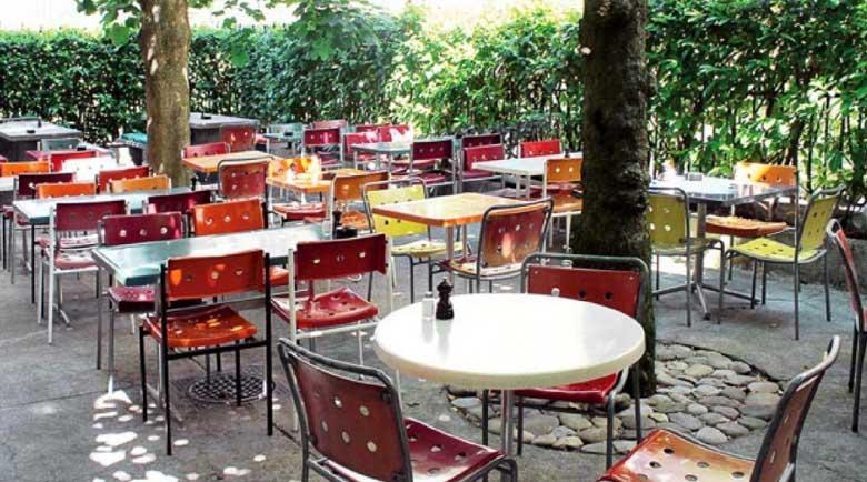Гърция отваря кафенета и ресторанти от понеделник