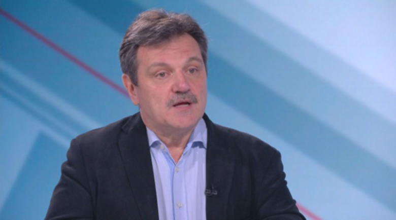 Д-р Симидчиев: Втора вълна ще има, но не от COVID-19, а от отложени операции