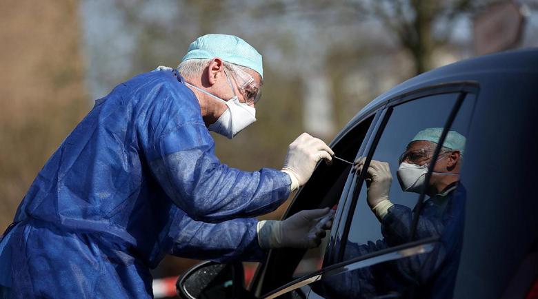 Франция пуска нов тест за коронавирус чрез слюнка