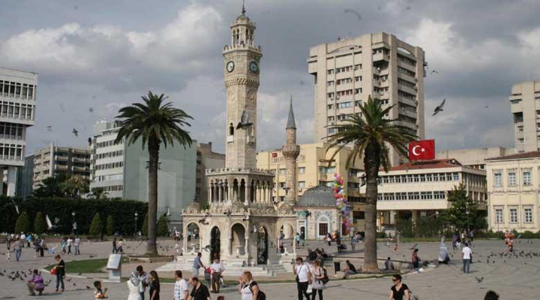 Отново уикенд карантина в Турция, в Сърбия с комендантски час