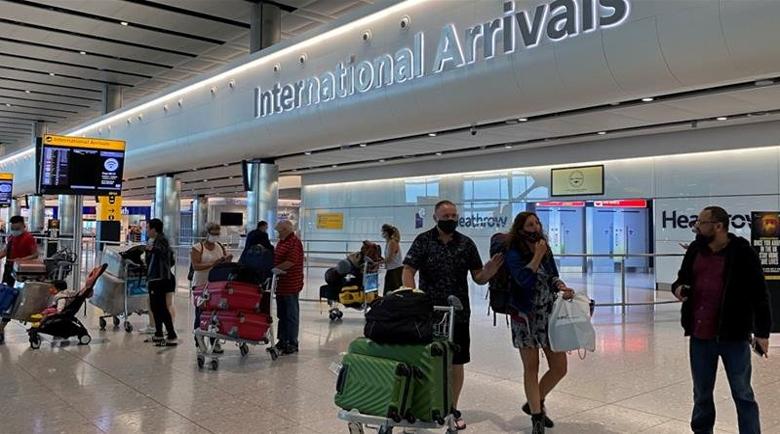 Важно: 14 дни карантина за всички, влизащи във Великобритания