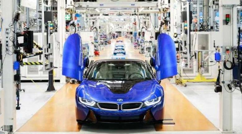 BMW приключи със серийното производство на хибрида i8