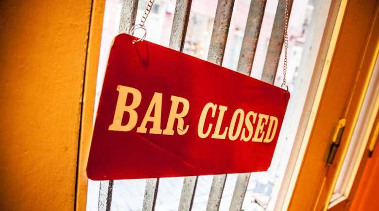 Затварят отново баровете в Лос Анджелис