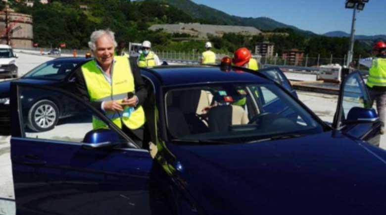 По новия мост на Генуа мина първият автомобил