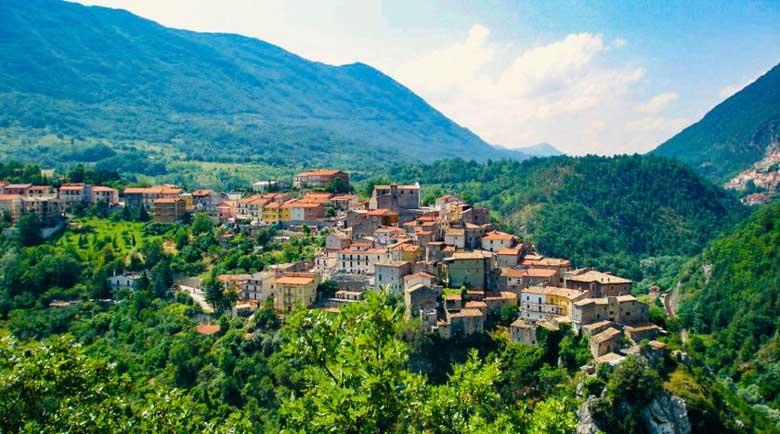 В Италия зарибяват с безплатна седмична почивка