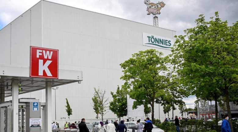 Двама българи от кланицата в Германия са в болница с коронавирус