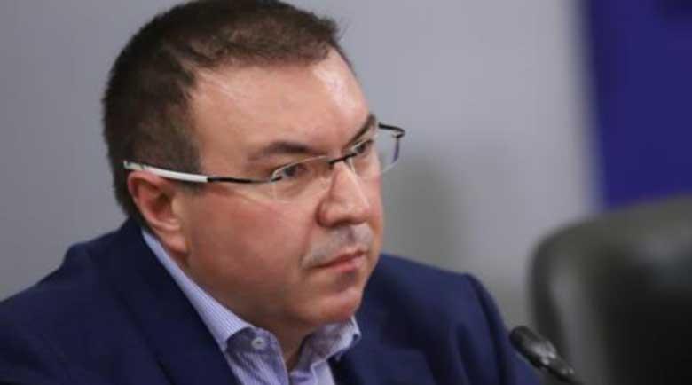 """Здравният министър: Следващите ваксини пристигат у нас с камиони на """"Пфайзер"""""""