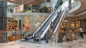 Наематели на магазини в молове търсят помощ от държавата