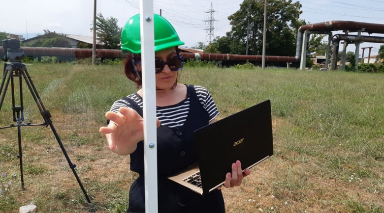 Ани Цолова започна работа на строеж, с нова визия е