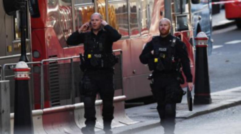 """Арестуваха българи в Лондон по обвинение за """"съвременно робство"""""""