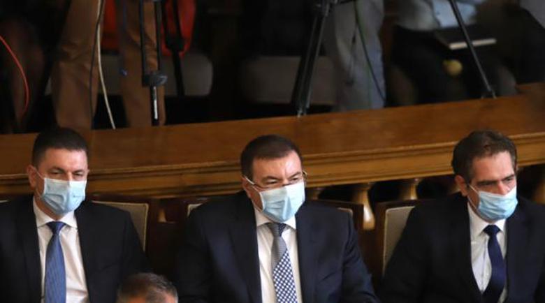 Приеха оставките на петимата министри, новите положиха клетва! Горанов няма да е депутат