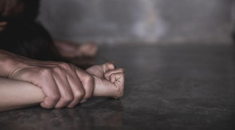 Изроди! Мигранти 10 часа изнасилвали 2 момчета в Швеция, погребали ги живи