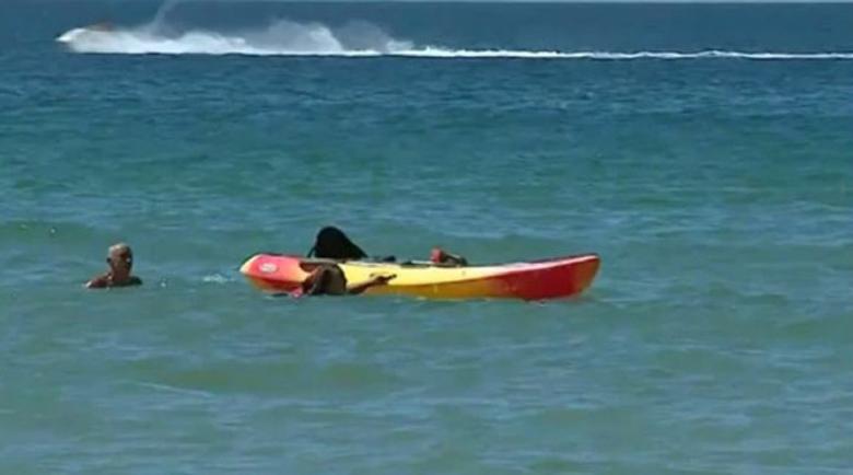Португалският президент спаси две жени от удавяне