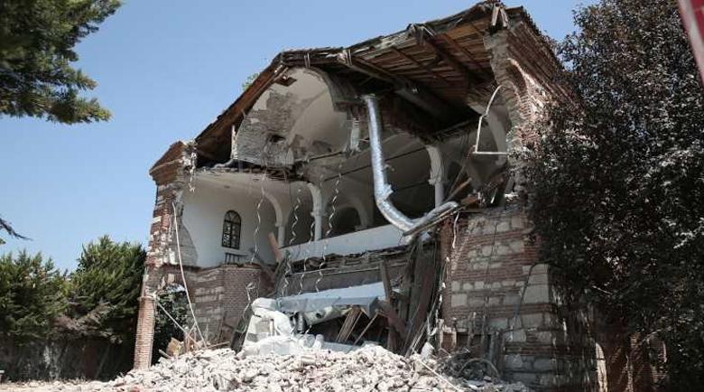 Турция събори гръцка църква в Бурса