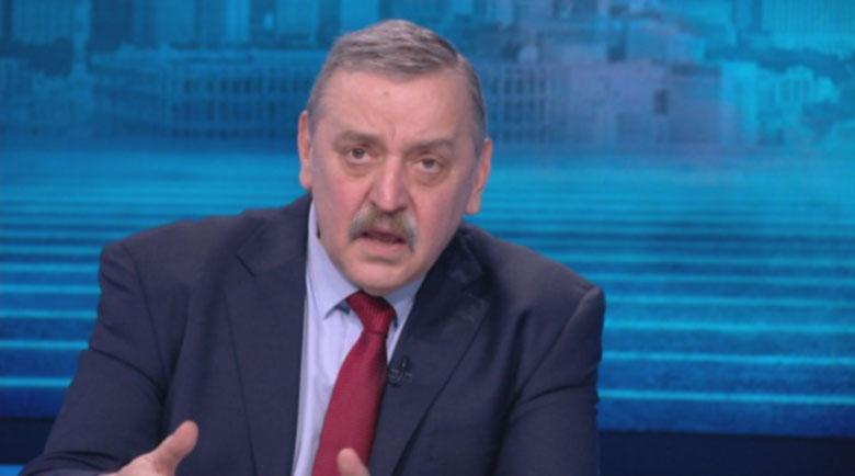 Кантарджиев обяви при какъв праг на заболели ще се затегнат мерките