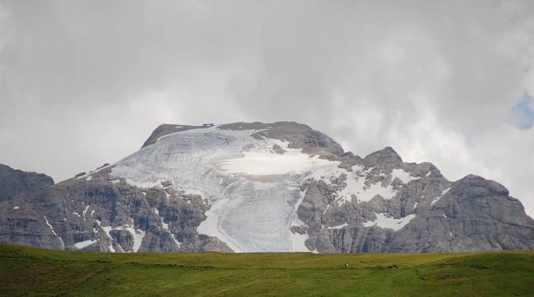 """Древни вируси """"изплуваха"""" от топящи се ледници в Тибет"""