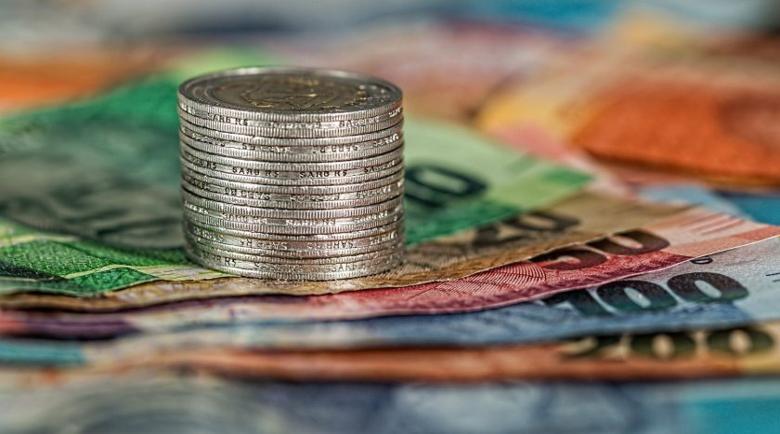 ЕК предлага въвеждането на общ лимит за плащане в брой