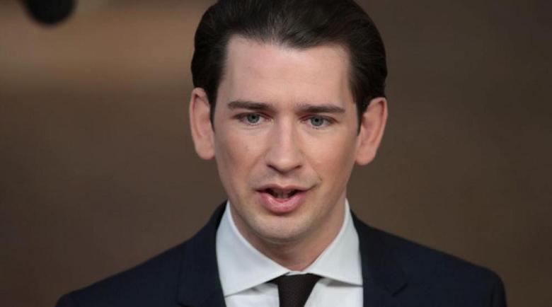 Австрия се затваря в опит да ограничи настъплението на COVID-19