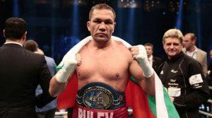 COVID-19 повалил Пулев месец преди мача, пазел болестта в тайна