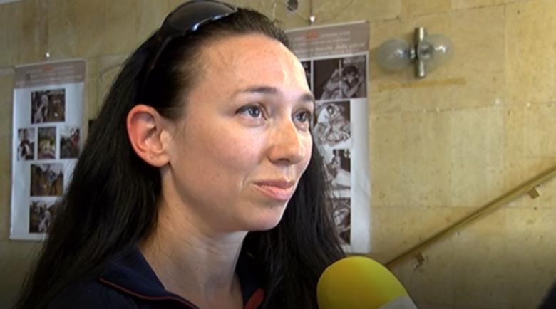 Жената на Боян Петров стана ангел-хранител на болни с Covid