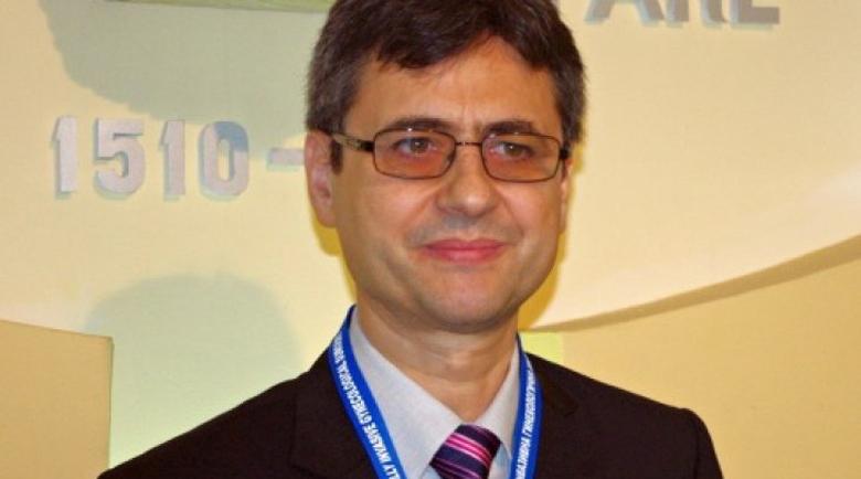 Д-р Славчо Томов: Ваксината е пътят, който трябва да следваме