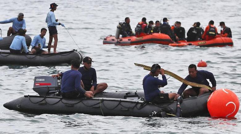 Водолази са открили останките на индонезийския самолет