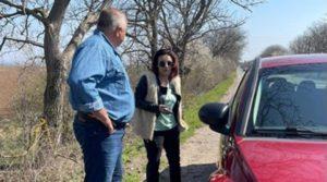 Борисов стана пътна помощ с джипката, откара закъсали жени на пътя