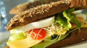 Рекордьор: Пакетиран сандвич съдържа 35 Е-та