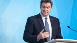 Премиерът на Бавария готов да седне в стола на Меркел