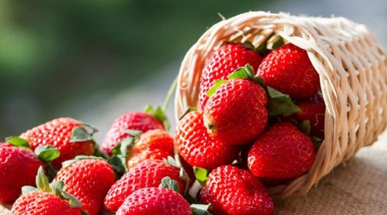 Вижте от кои болести предпазват ягодите