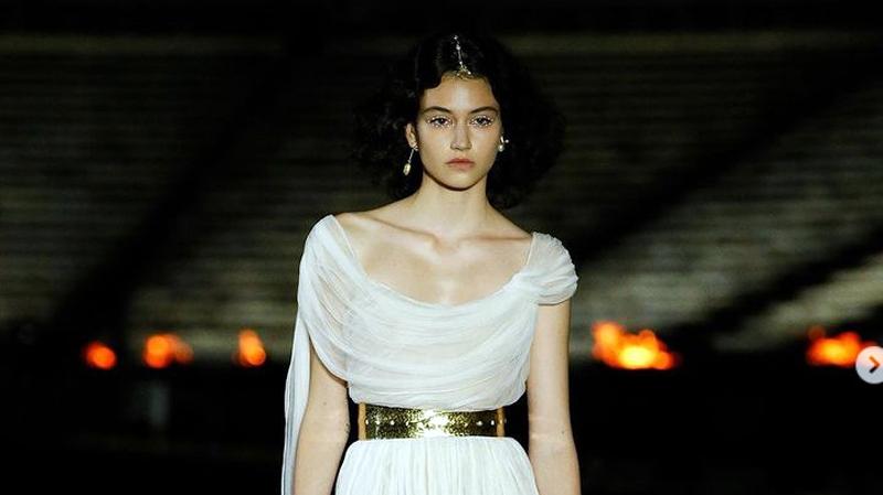 На върха на модата: Българка в ревюто на Dior