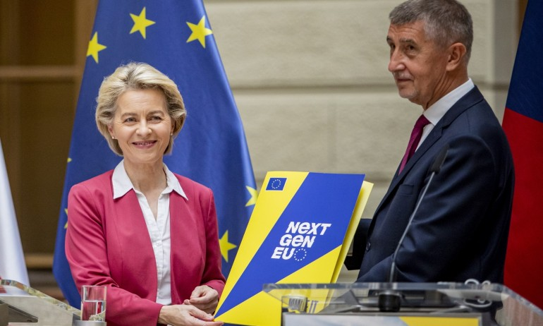 Чехия взима 7 милиарда евро грантове за Плана си за възстановяване