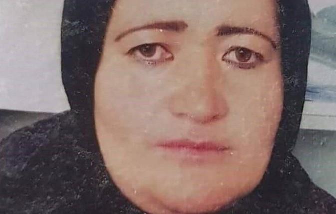 """""""Заклаха я с нож пред очите ни"""": Синът на убитата от талибаните бременна жена иска мъст"""