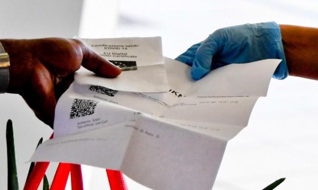 COVID-сертификат ще се изисква от всички работници в Италия