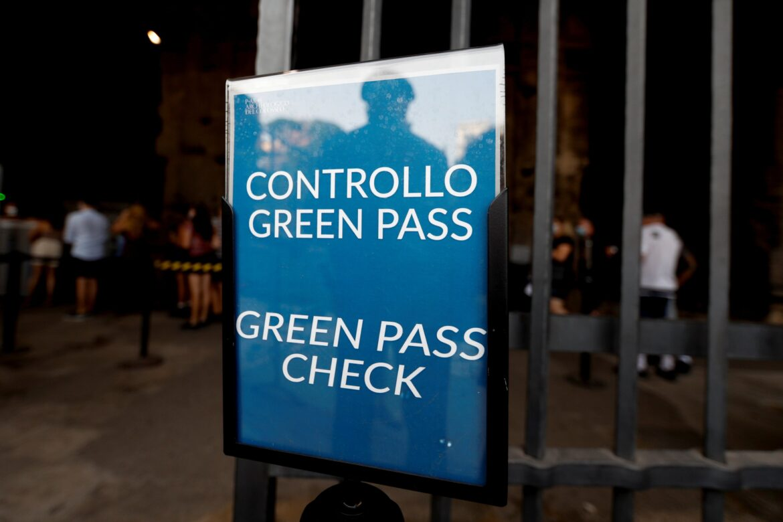 Задължителен зелен пропуск в Италия