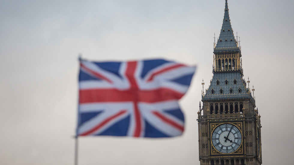 Британското правителство няма да разреши на лицата, търсещи убежище, да работят