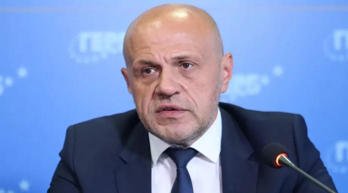 Дончев: Възможно е ГЕРБ да управлява, труден отговор е с кого
